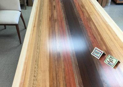 multi-color-table-1033